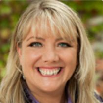Jennifer McLean, Host Healing With The Masters